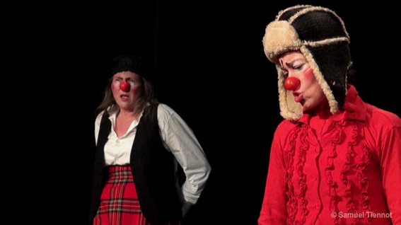 "alt:""duo clowns écossais."""